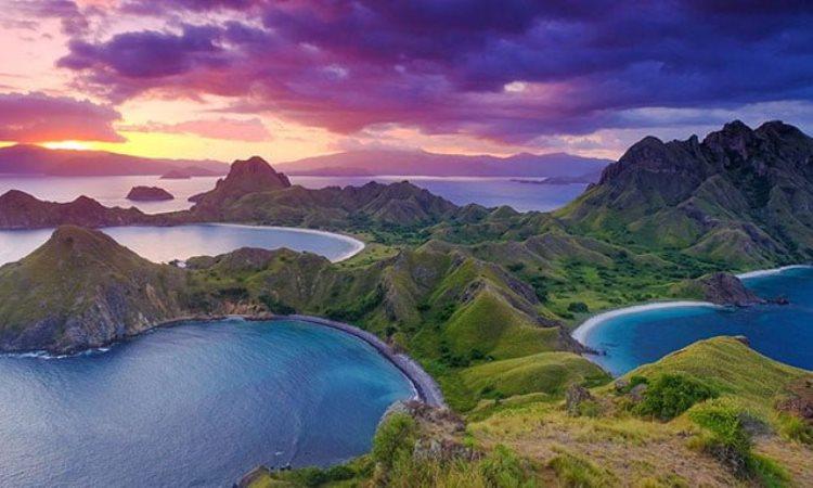 6 Destinasi Wisata Alam dengan Pemandangan yang Indah di Indonesia